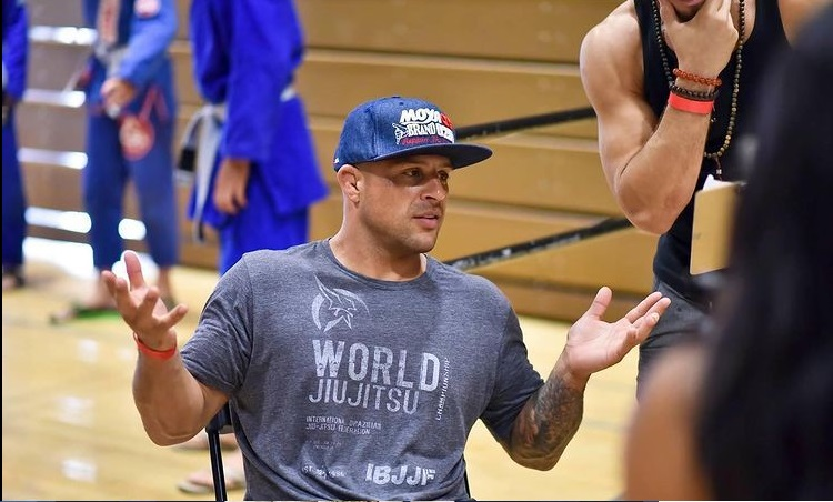 Lance, coaching during competition